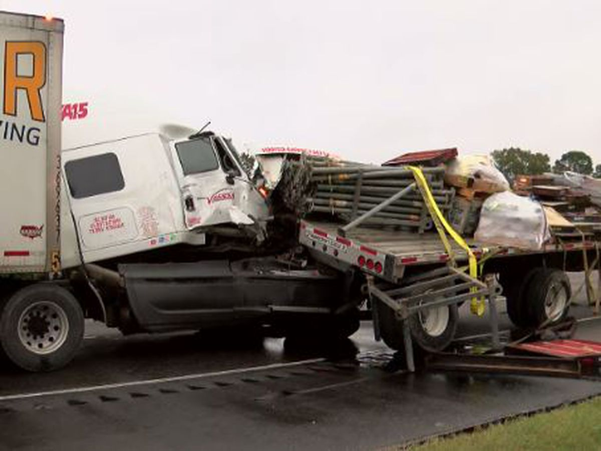 Two 18-wheelers collide near I-10 EB and S. Beglis Pkwy, 100 gallons of diesel spews on road