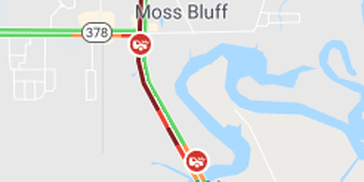 TRAFFIC: Accident on US 171 near Moss Bluff