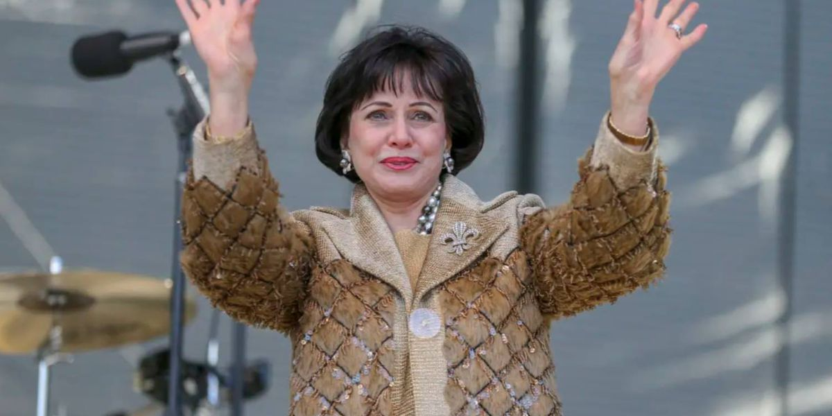 Saints owner Gayle Benson issues statement to frustrated fans