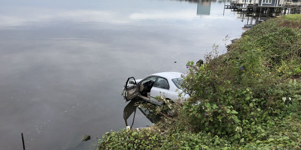 FIRST ALERT TRAFFIC: Shell Beach Drive reopened near Foster Street after car drives into lake