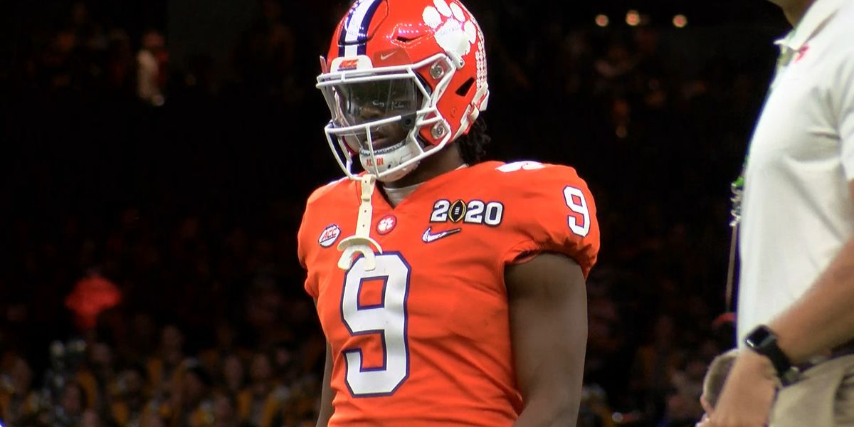 PFF ranks Travis Etienne as fifth-best player in college football