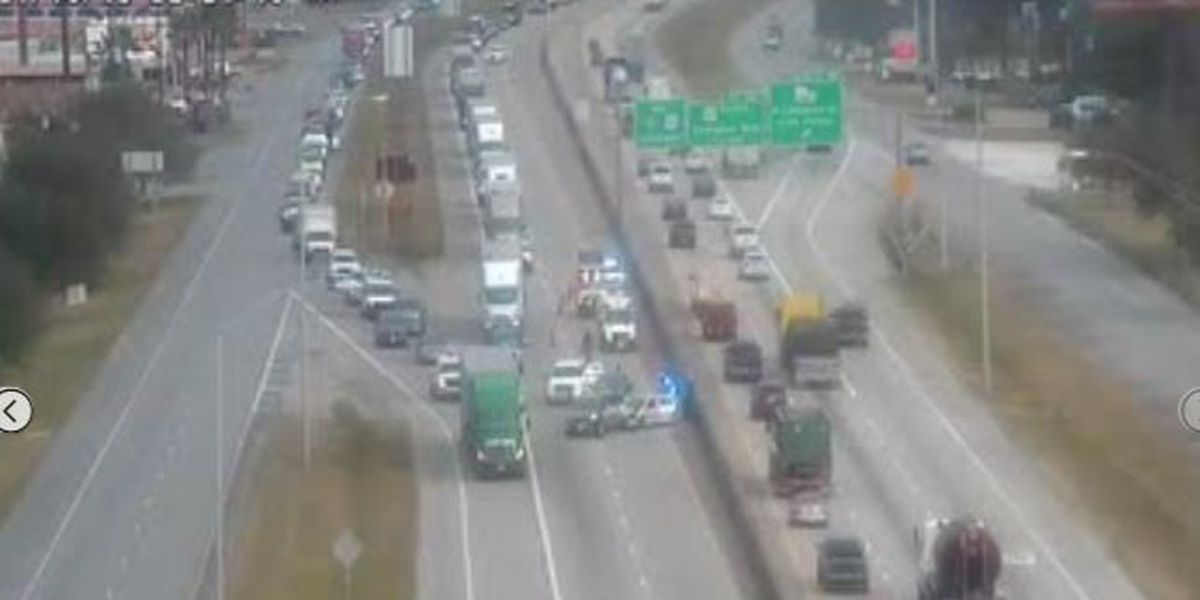 FIRST ALERT TRAFFIC: Crash on I-10 WB at Calcasieu River Bridge causing delays