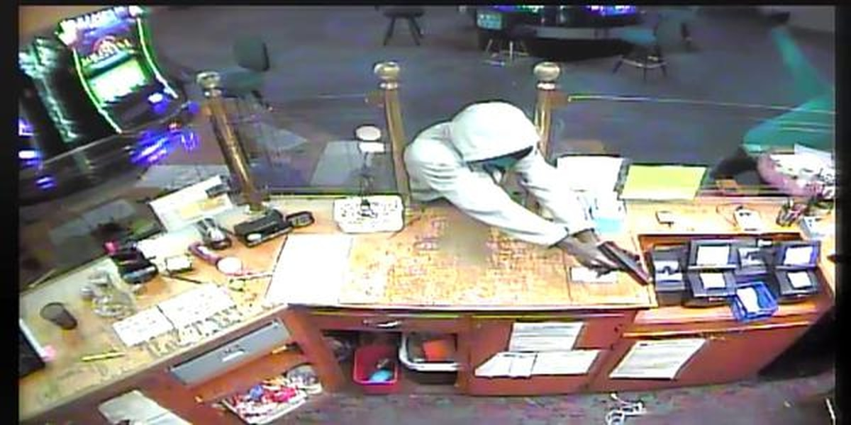 Sheriff's Office searching for 3 suspects in casino robbery