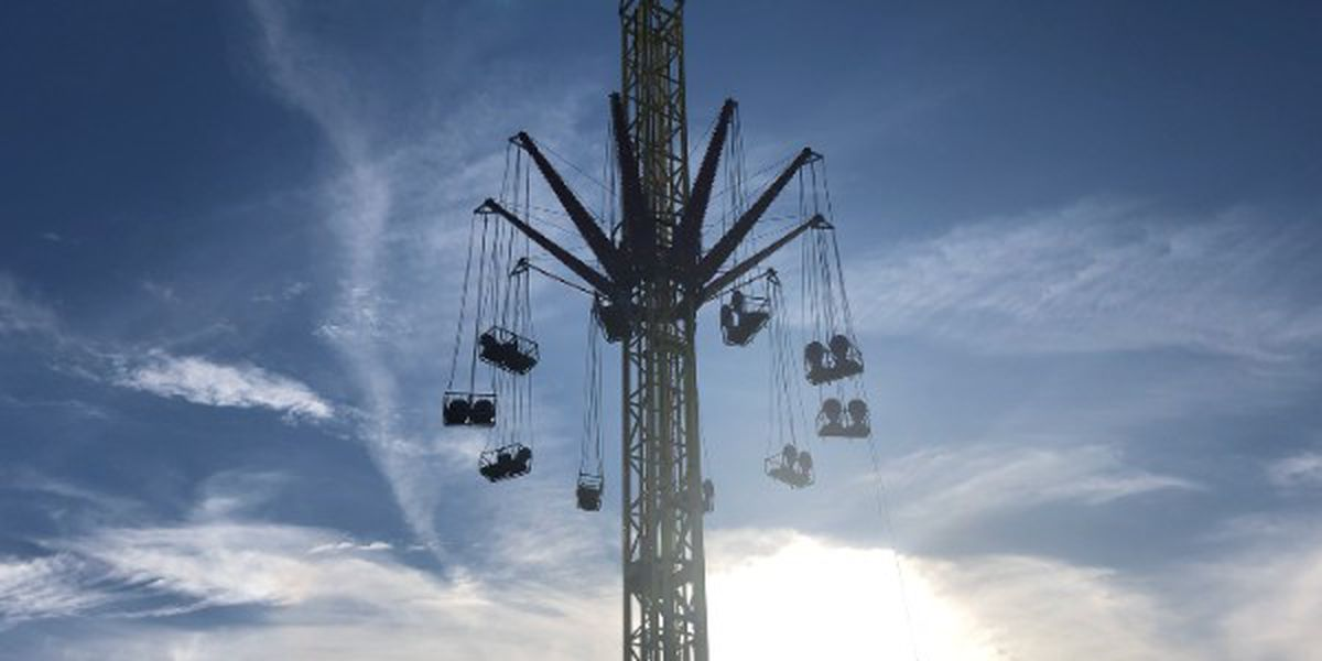 11 people rescued from stuck carnival ride in Lake Charles