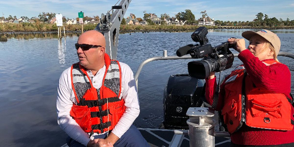 Navigational aids placed in Contraband Bayou