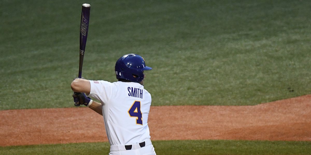 Josh Smith HR in 8th inning lifts No. 9 LSU over No. 11 Texas A&M in Game 1
