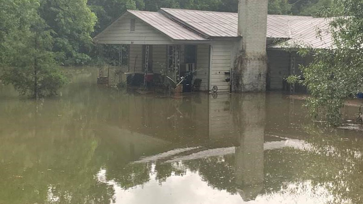 FLOODED: Parts of SW Louisiana receive nearly 17 inches of rain