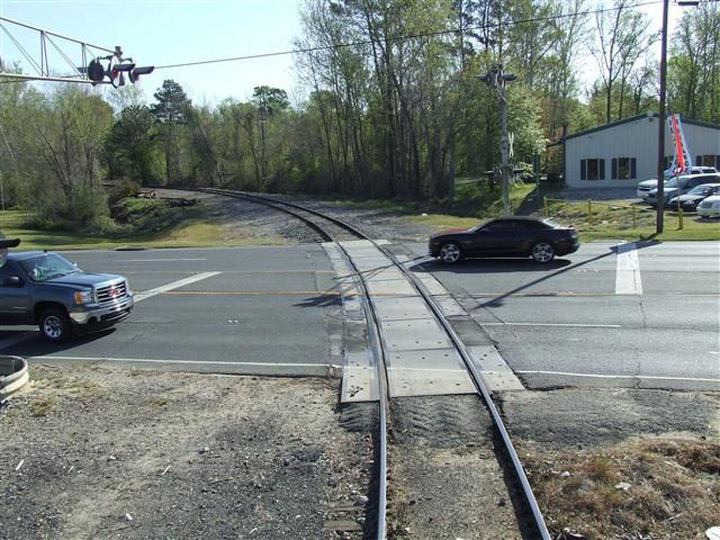 LSP, KCS perform railroad grade crossing enforcement detail