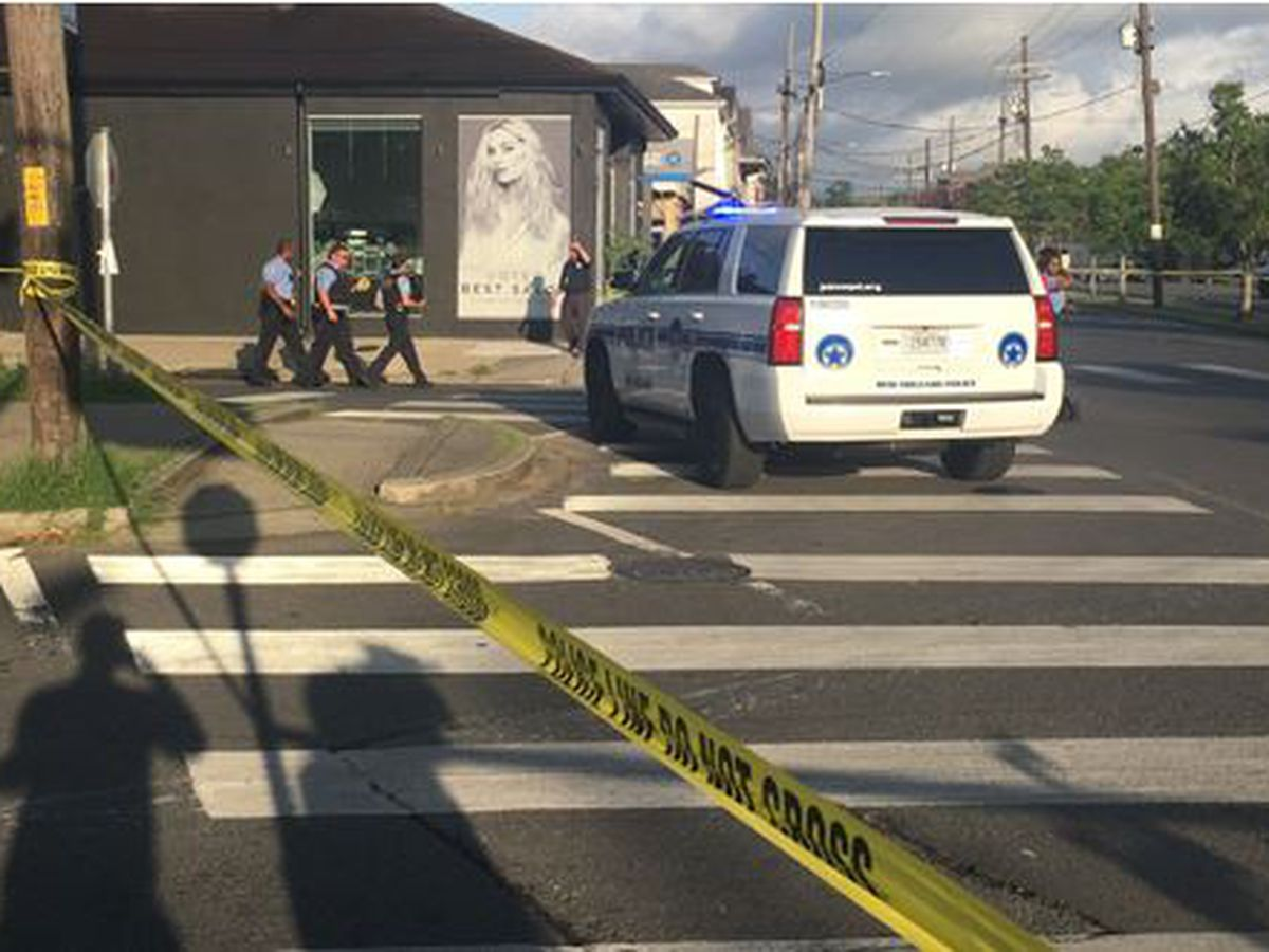 New Orleans police officer shot Uptown, 2 suspects in custody