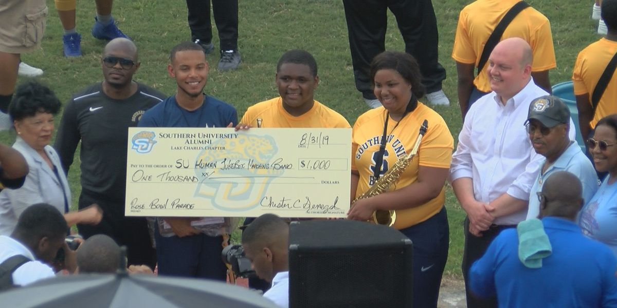 Southern University Human Jukebox drum major and others honored by local officials