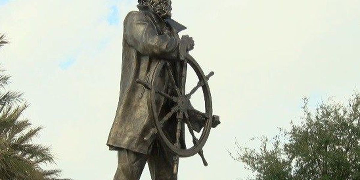 Captain Daniel Johannes Goos statue unveiled in Lake Charles