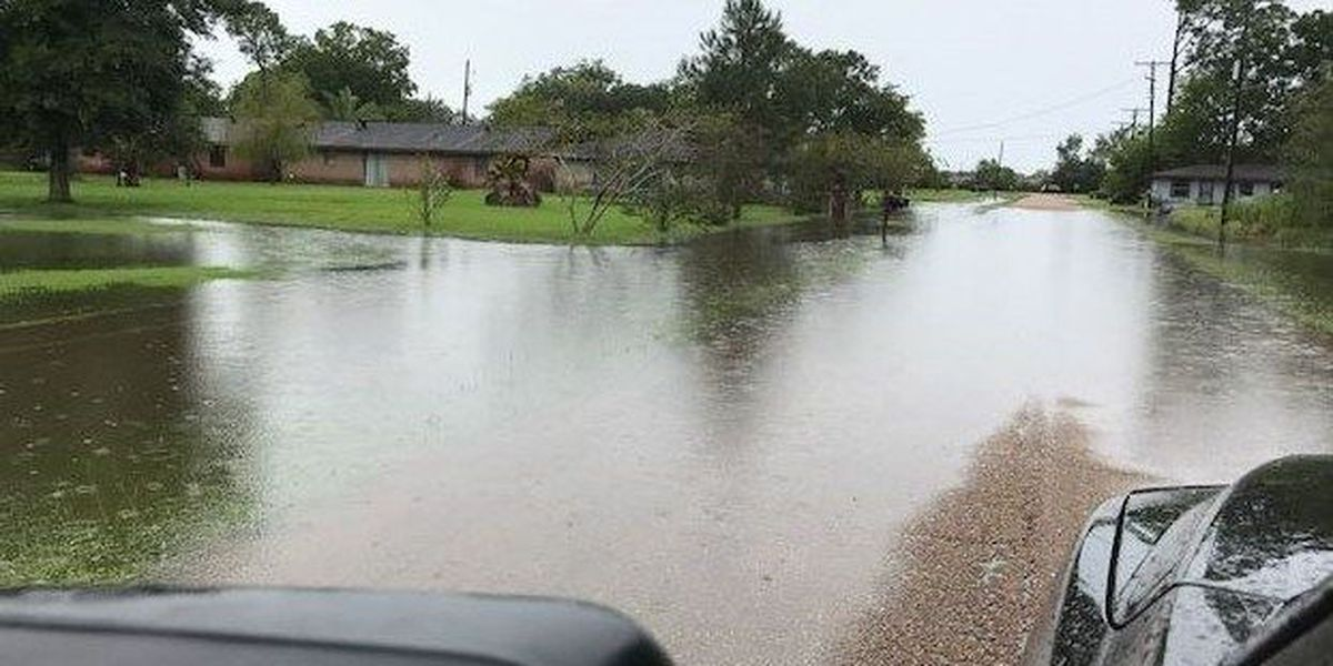 Several streets in Iowa experiencing flooding