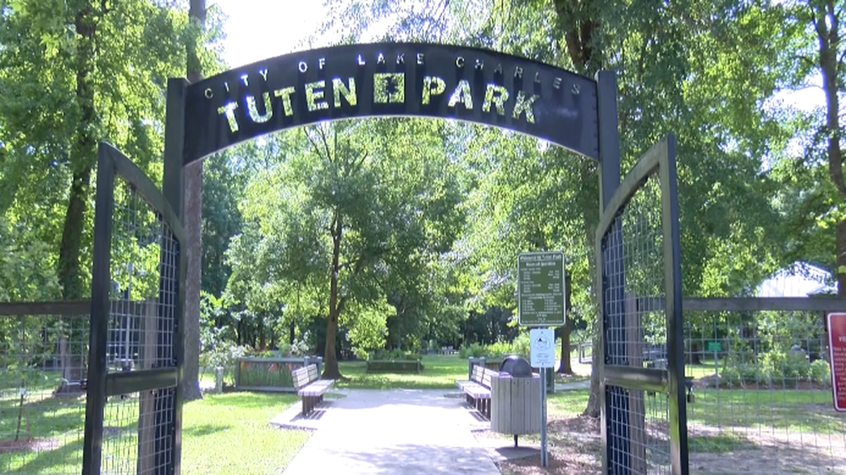 Tuten Park nature trails re-open after more than a decade