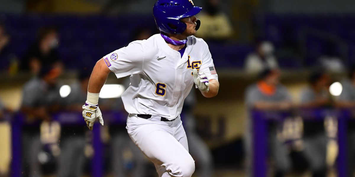 No. 21 LSU rallies in the bottom of the eighth inning to take game one against UTSA