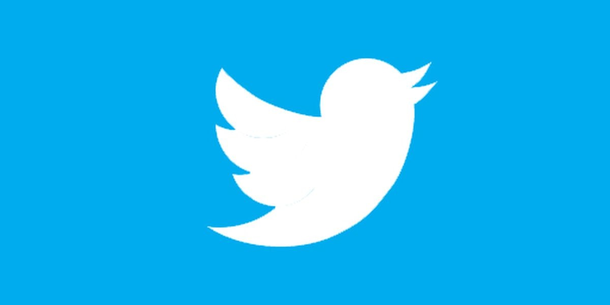Twitter was down for about an hour, the company is investigating the outage