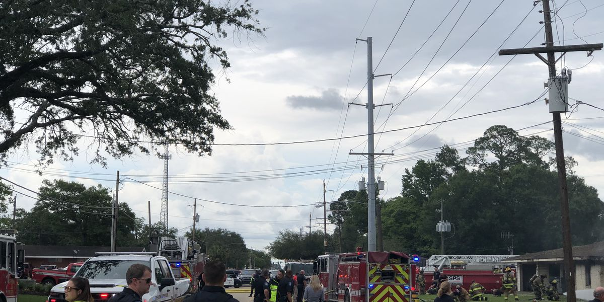 Vehicle runs into residence, strikes gas line on W. McNeese St.