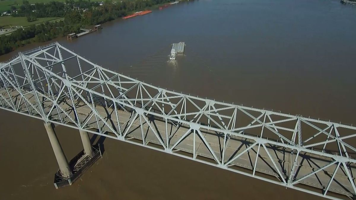 Sunshine Bridge reopens after getting hit by tanker ship; investigation underway