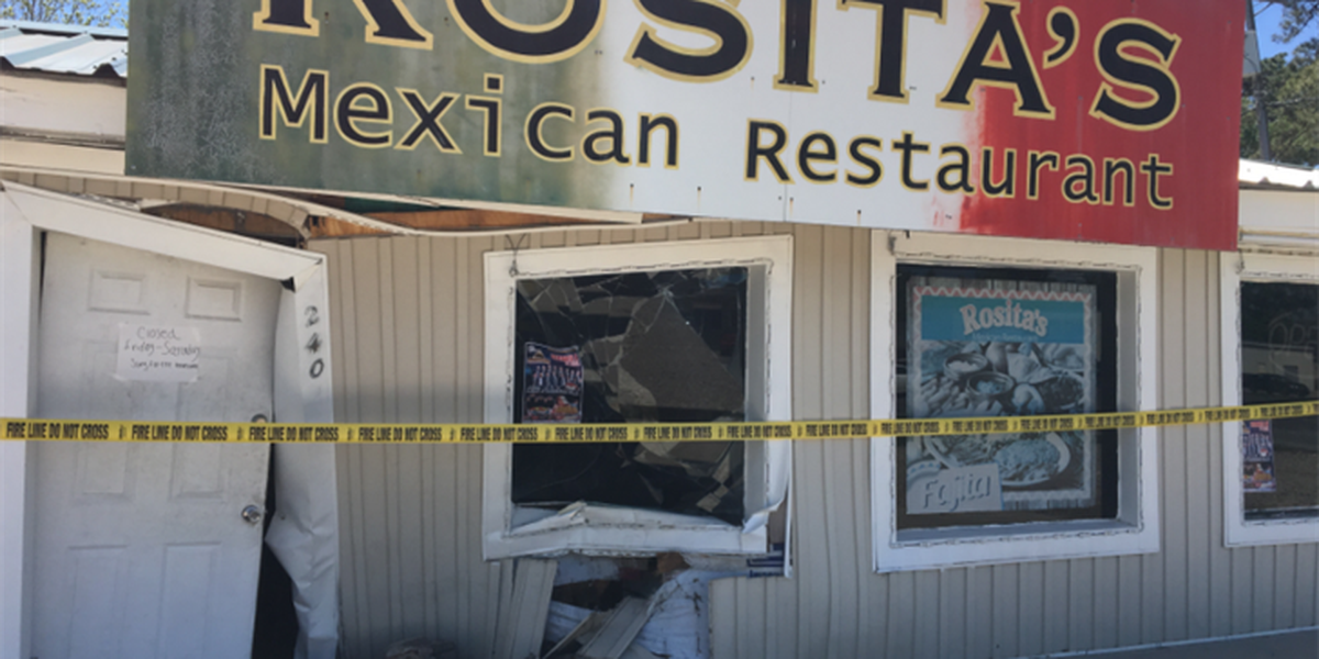Car drives into Rosita's Mexican Restaurant in Sulphur