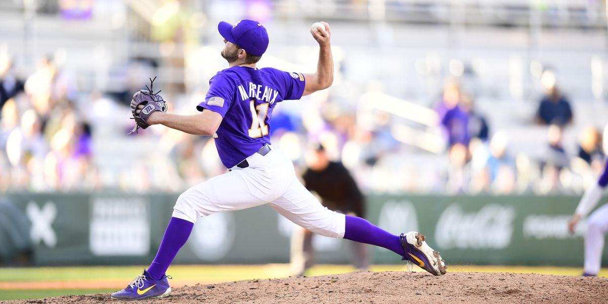 No. 11 LSU shuts out Oral Roberts 12-0 to even series