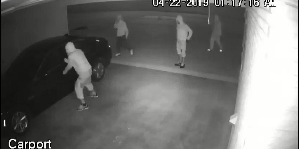 Jennings Police investigating car burglaries
