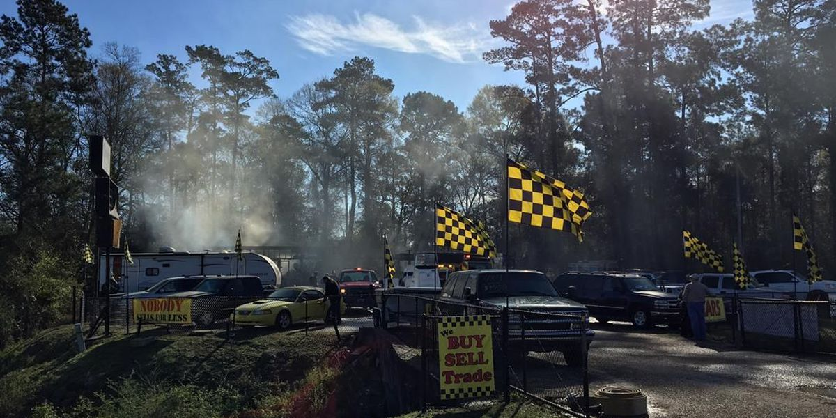 Moss Bluff business destroyed in overnight fire