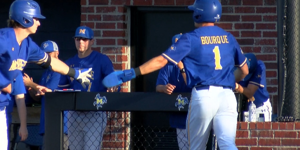 Cowboys take the series against SFA after game two victory