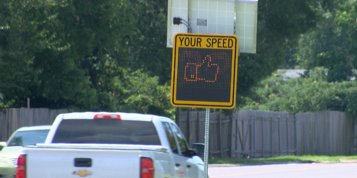 Sulphur High School students donate radar speed signs to city through SCIP