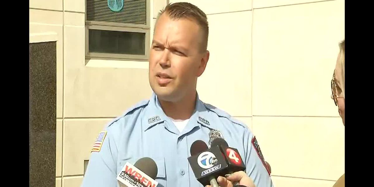 Officer saves toddler from hot car; mother found with needle in arm