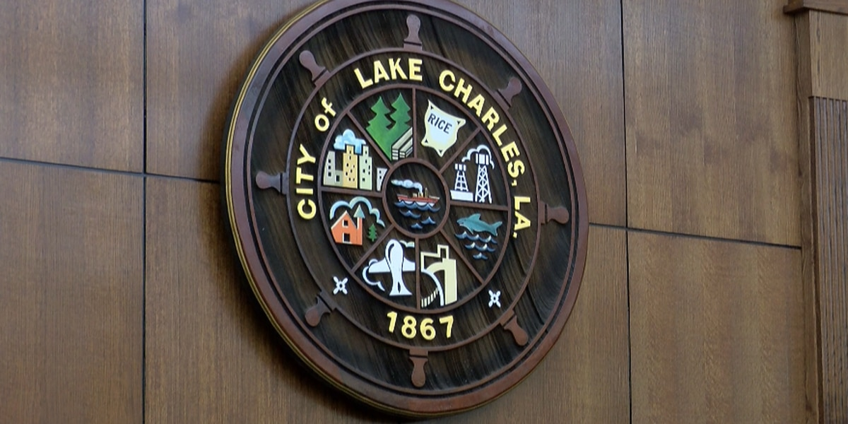 Lake Charles City Council unanimously votes to look into televising meetings