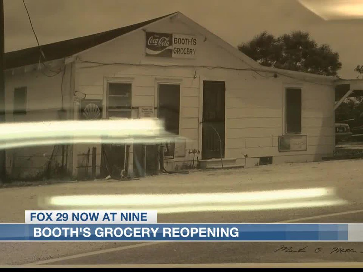 Booth's Grocery Store reopens for first time since hurricanes
