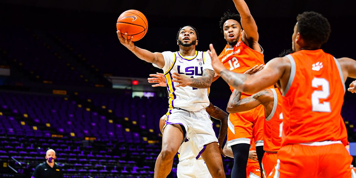 Smart leads LSU past Sam Houston St., 88-66