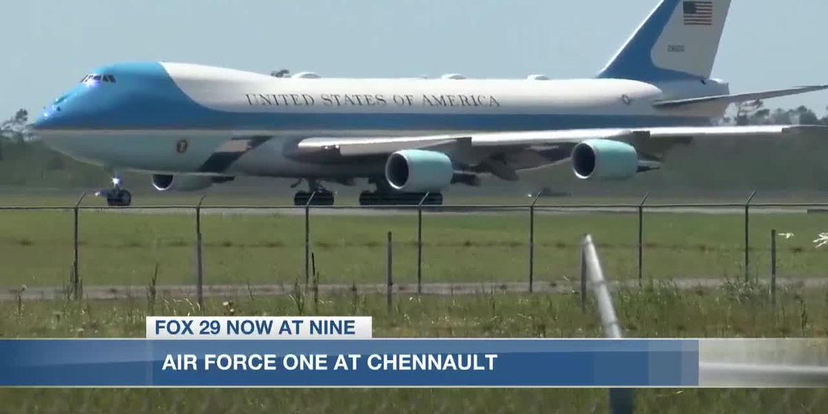 VIDEO: Air Force One touches down in Lake Charles