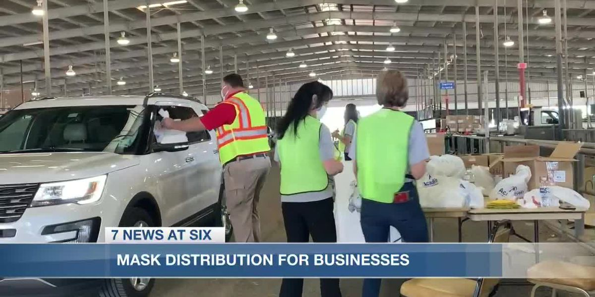 Calcasieu Police Jury distributes masks to local business owners