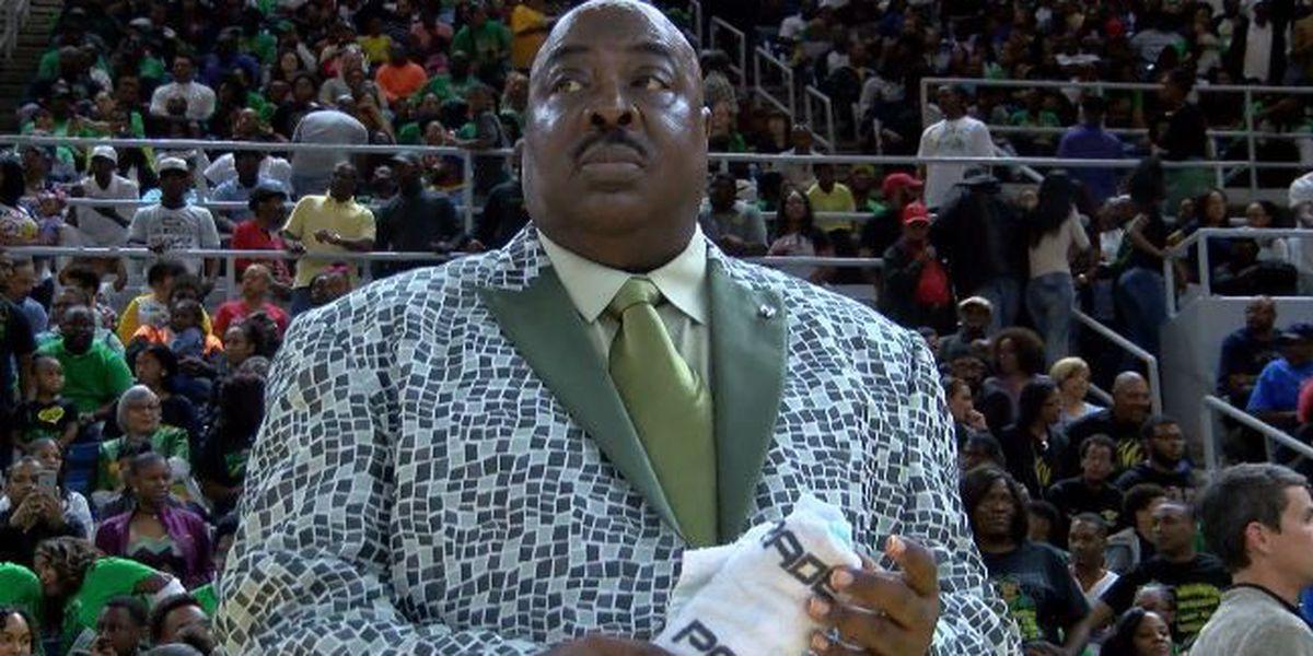 Washington-Marion championship coach Albert Hartwell dies at 72