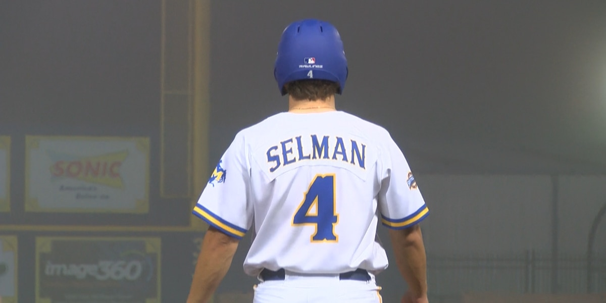 Fog halts McNeese-Wichita State game in 9th with Cowboys trailing 10-6