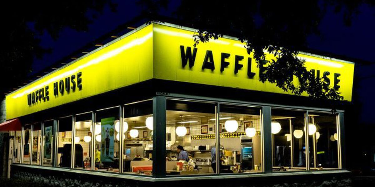 Jennings police officers allegedly refused service at Waffle House