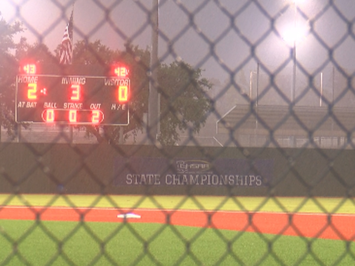 Rain halts Class 1A semifinal game with Grand Lake leading in the third inning