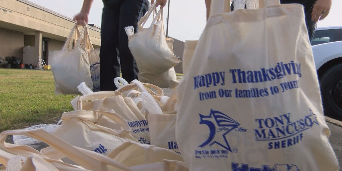 CPSO gives turkeys instead of tickets ahead of Thanksgiving