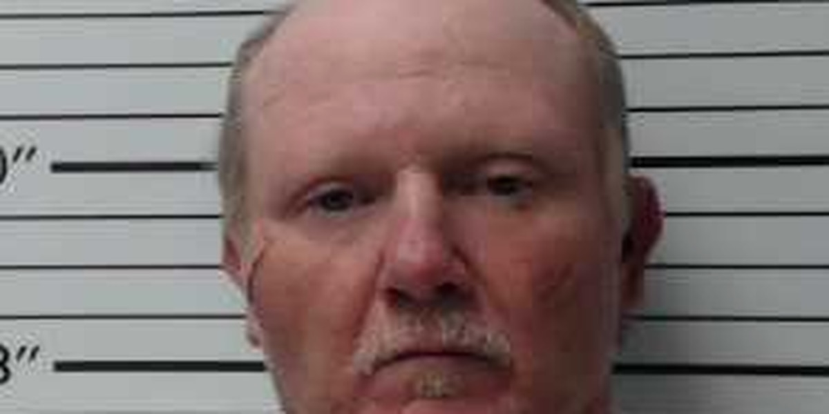 Rosepine man arrested after being found in bed of 2-year-old girl