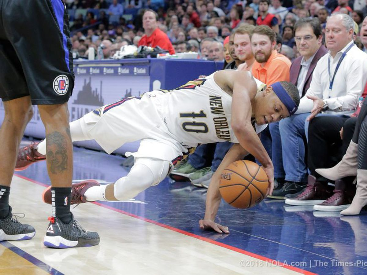 Pelicans fall back under .500 with loss to the Clippers
