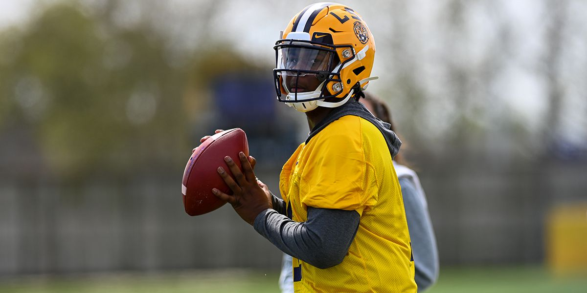 LSU freshman QB Finley set to start at Auburn; LSU defense gets ready for challenge of Auburn offense