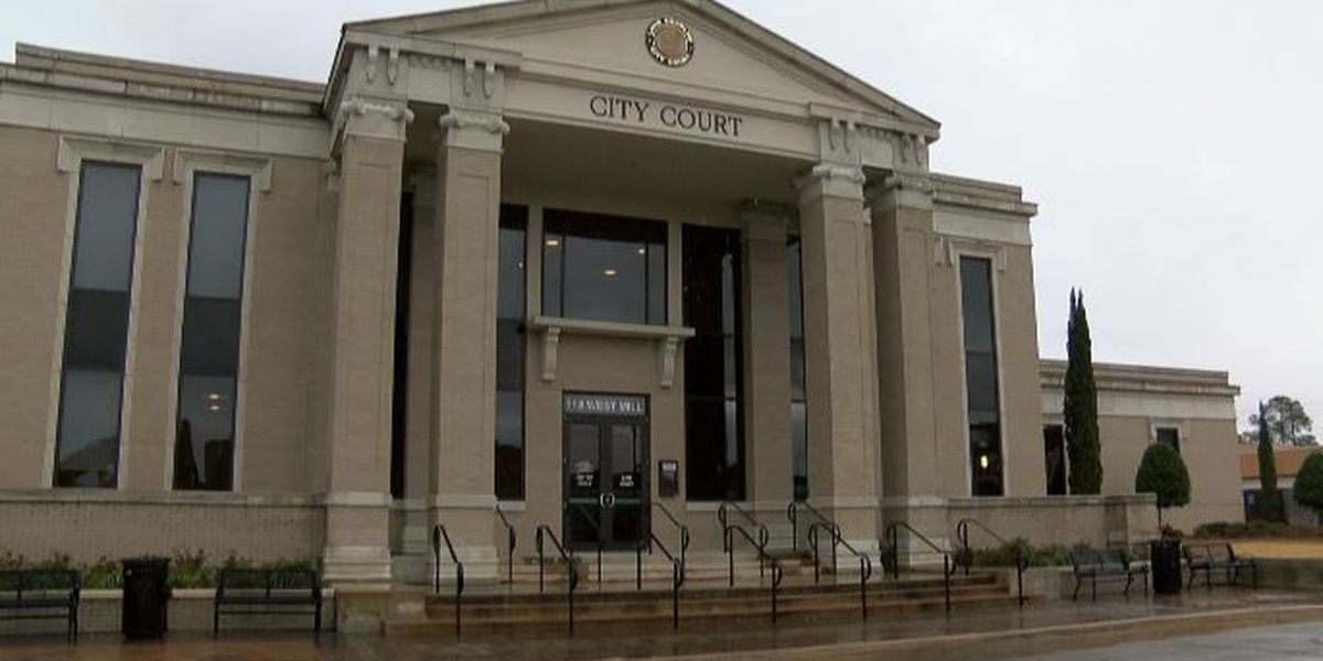 Local woman complains about a city marshals comment in court
