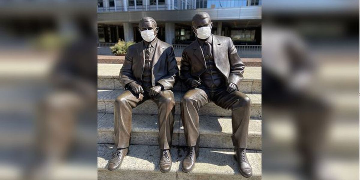 Mayo Clinic bronze brothers 'lead by example,' wear masks