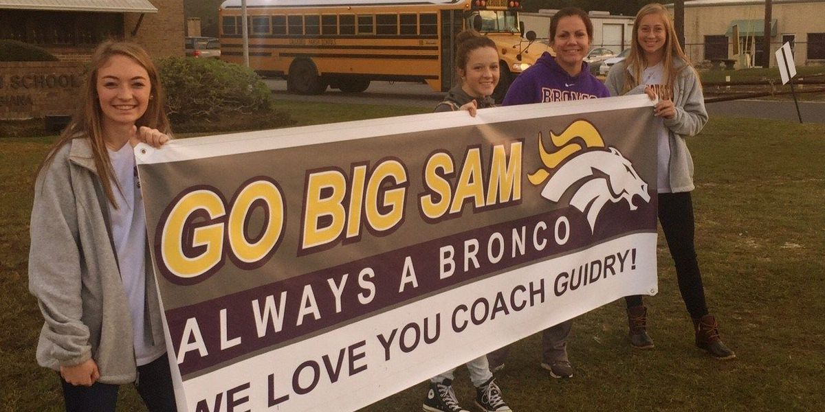 Moss Bluff mourning death of longtime Sam Houston coach, administrator