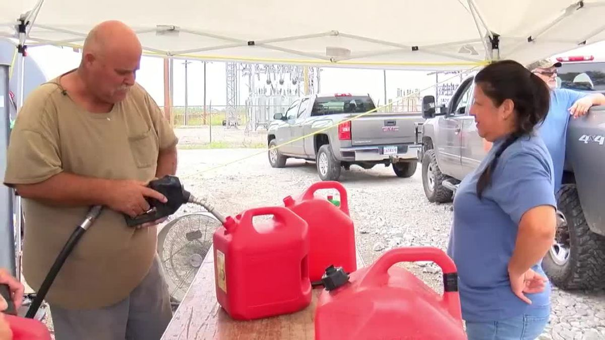 Locals provide free fuel to support Cameron Parish