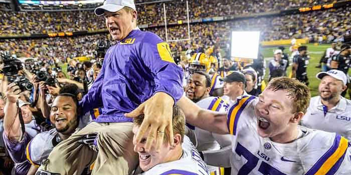 University of Kansas finalizes deal with Les Miles