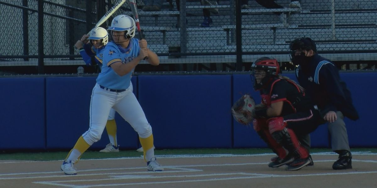 Cowgirls defeat Lamar in game one of series 7-2