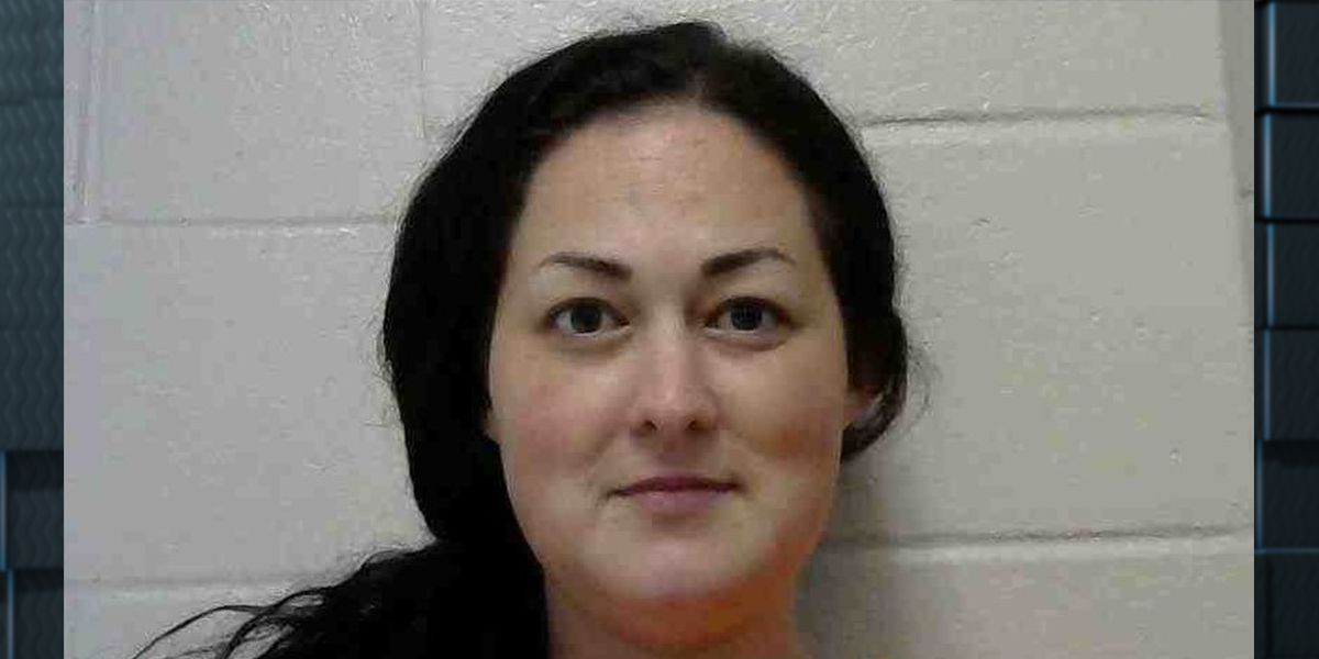 Baton Rouge woman arrested after over $25,000 stolen from Jennings home