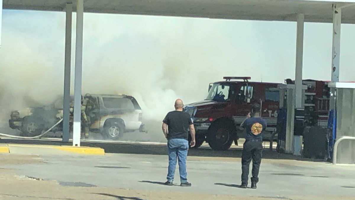 Vehicle fire at gas station on LA-14 put out