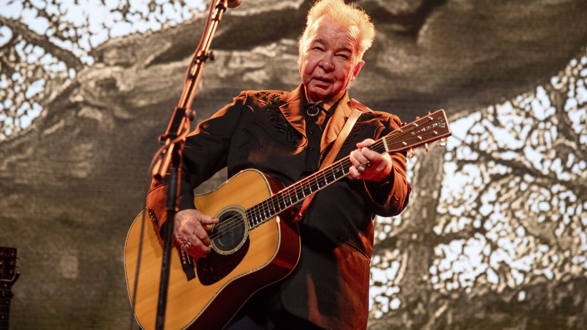 John Prine in critical condition with COVID-19 symptoms